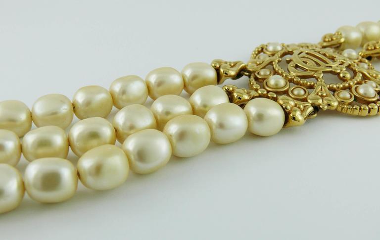 Christian Dior Vintage Pearl Logo Choker Necklace 7