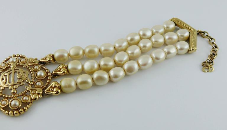 Christian Dior Vintage Pearl Logo Choker Necklace 6
