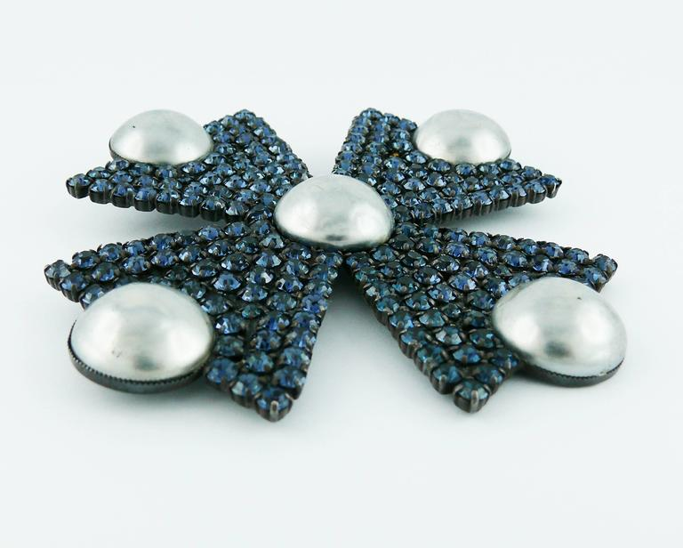 YVES SAINT LAURENT vintage rare massive Maltese cross brooch/pendant embellished with sapphire blue crystals and 5 grey faux pearls in a gun patina metal setting.  Can be worn as a brooch or pendant.  Embossed YSL.  Indicative measurements : max.