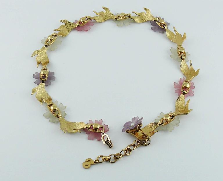 Christian Dior Vintage Delicate Floral Necklace For Sale 5