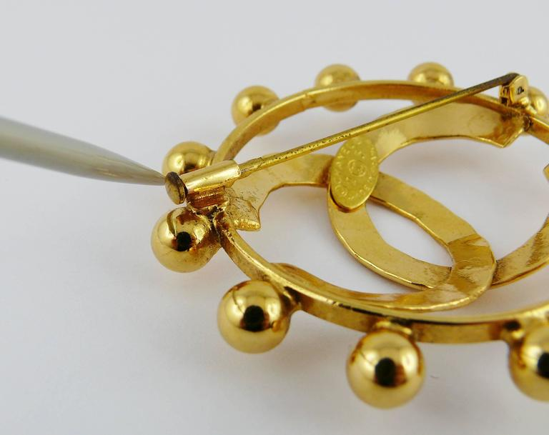 Chanel Vintage 1990 Massive Gold Toned CC Brooch 7