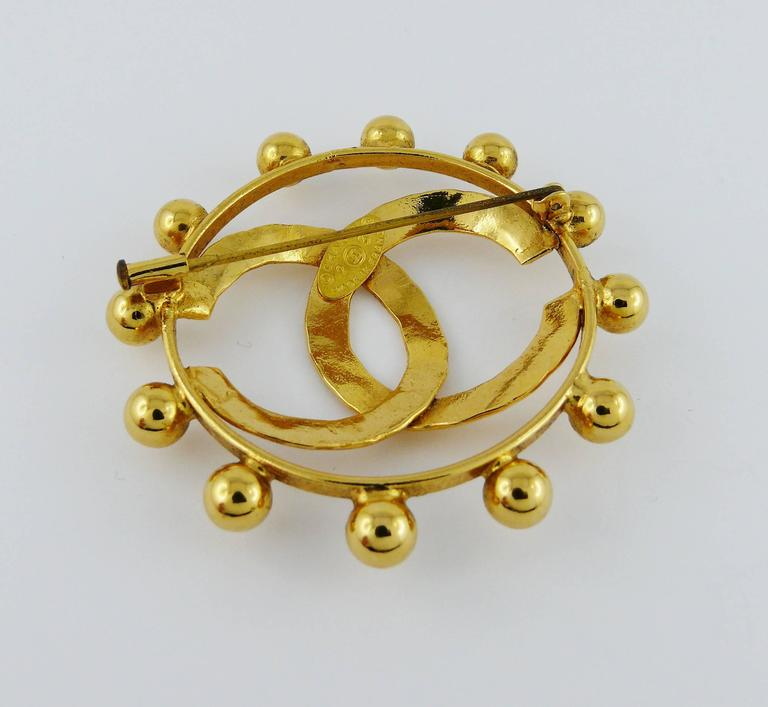 Chanel Vintage 1990 Massive Gold Toned CC Brooch 5