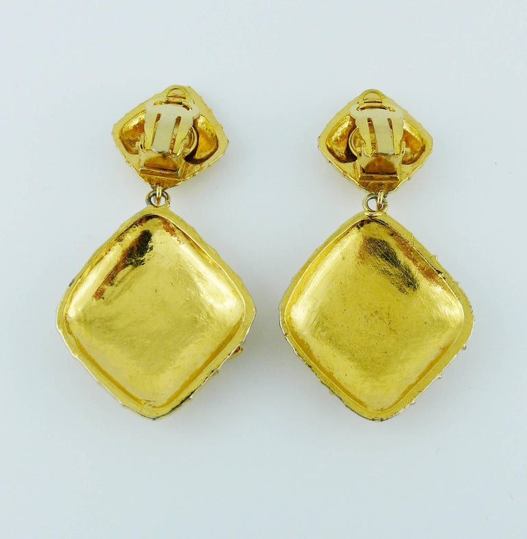 chanel vintage gold tone quilted bow dangling earrings for