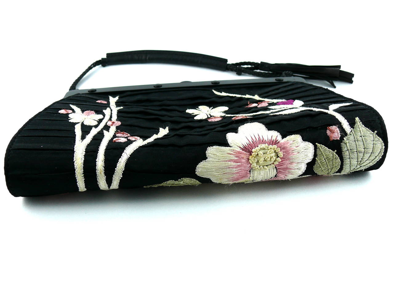 Gucci by Tom Ford Rare Embroidered Japanese Flower Style Silk Handbag 5