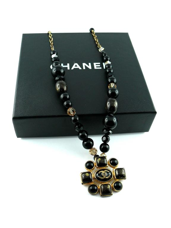 Women's Chanel Pendant Necklace Fall 2007 For Sale
