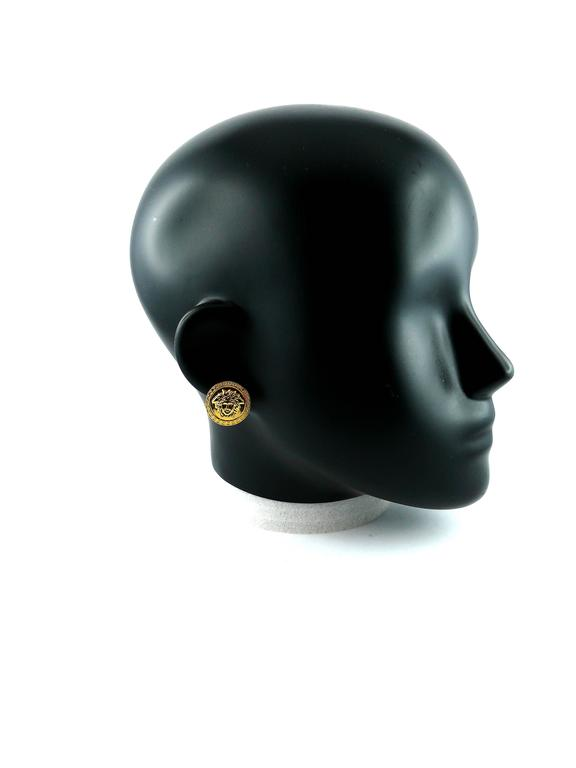 Gianni Versace Vintage Unworn Medusa Clip-On Earrings In New Condition For Sale In French Riviera, Nice