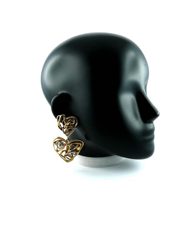 Yves Saint Laurent YSL Vintage Massive Jewelled Wired Heart Dangling Earrings In Excellent Condition In Nice, FR