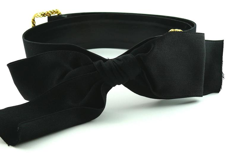 Chanel Black Silk Bow Belt and Chain For Sale 1