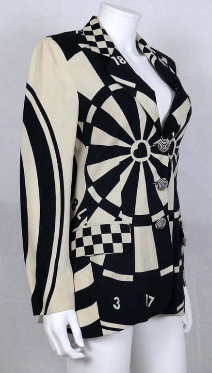 Women's Moschino Vintage Monochrome Dartboard Print Blazer For Sale