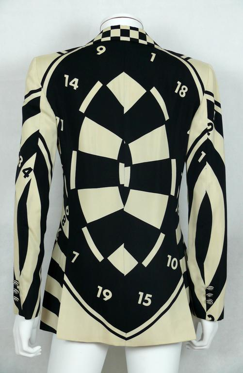 Moschino Vintage Monochrome Dartboard Print Blazer For Sale 1