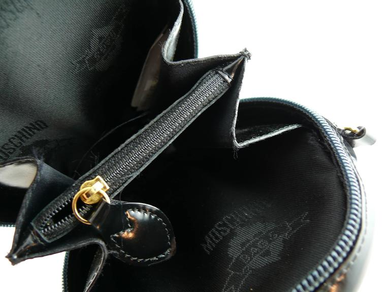 Moschino Vintage Iconic Appliqué Heart Cross Body Micro Bag 7