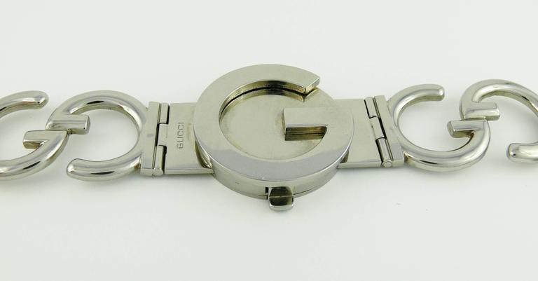Gucci Vintage 1970s Silver Toned Iconic Signature Belt In Excellent Condition For Sale In French Riviera, Nice