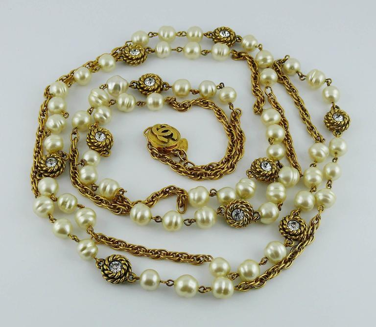Chanel Vintage 1980s Classic Pearl and Crystal Sautoir Necklace 2
