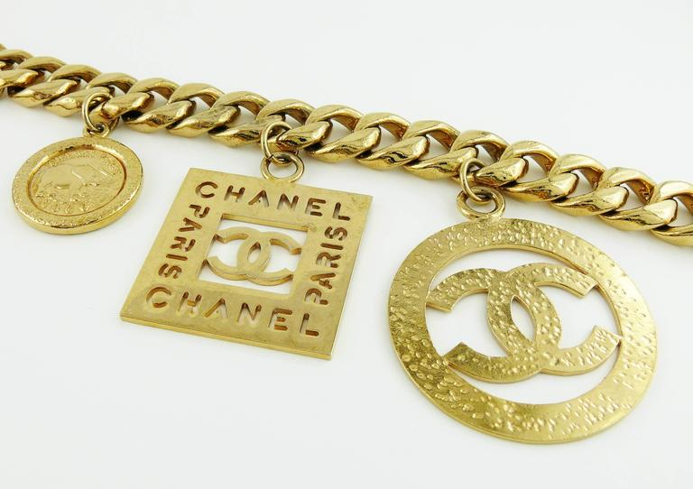 Chanel Vintage 1990s Chunky Gold Toned Chain Belt/Necklace with Charms 7