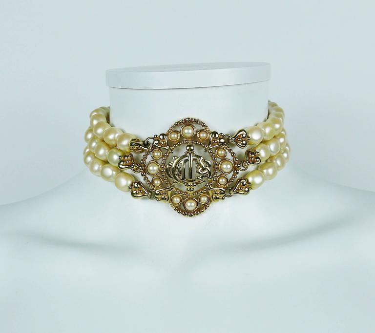 Christian Dior Vintage Pearl Logo Choker Necklace 3