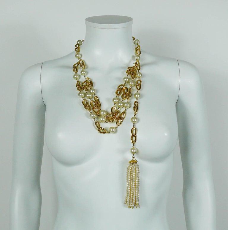 Chanel Vintage Rare 1988 Pearl Tassel Chain Belt For Sale 2