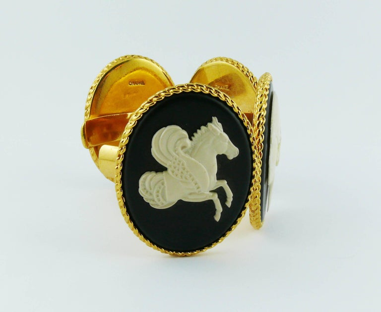 Women's Chanel Vintage Uber Rare Cameo Cuff Bracelet Collector For Sale