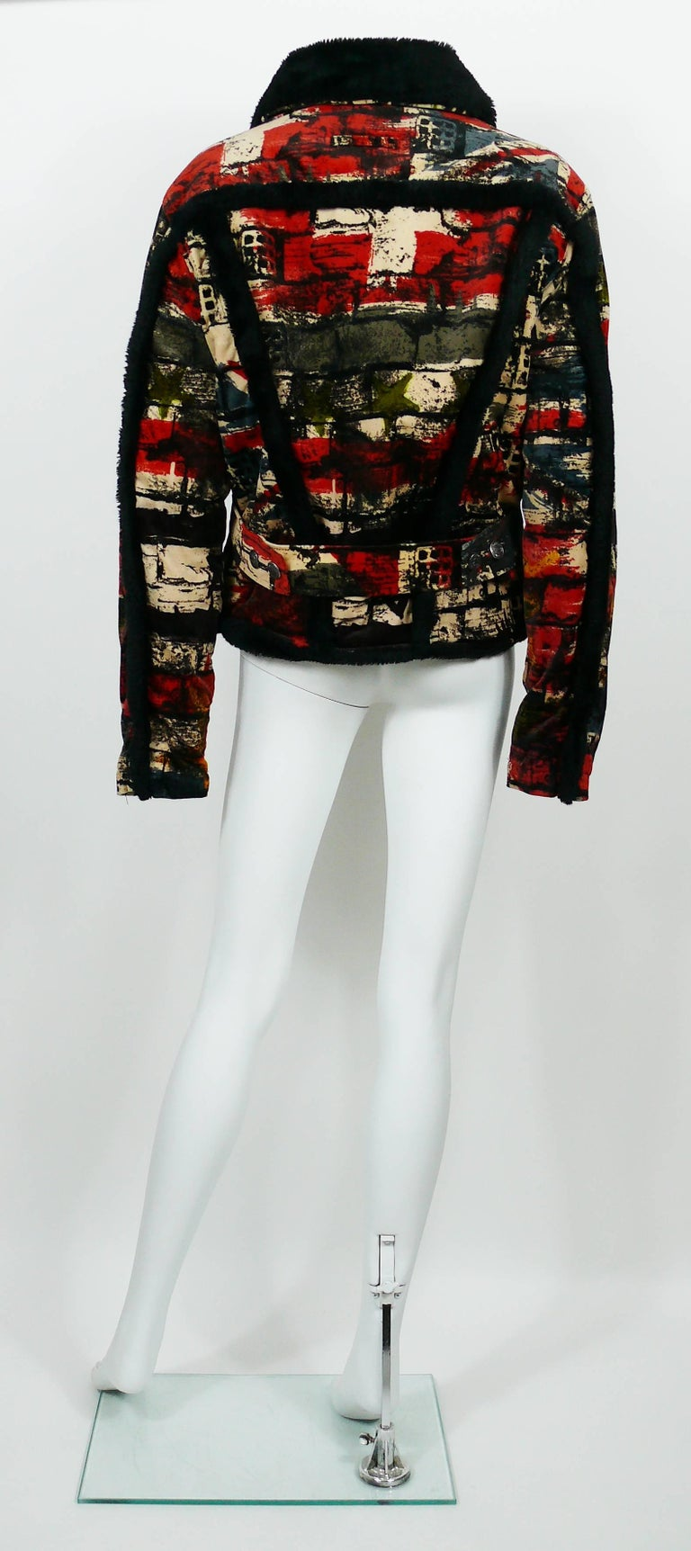 Jean Paul Gaultier Vintage Wall and Flags Print Jacket In Good Condition For Sale In French Riviera, Cote d'Azur