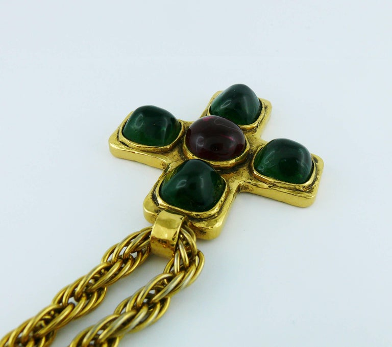 Chanel Vintage Iconic 1980s Gripoix Byzantine Cross Pendant Necklace For Sale 2