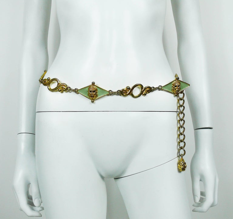 Gianni Versace Vintage Ancient Tragedy Masks Belt In Fair Condition For Sale In French Riviera, Cote d'Azur
