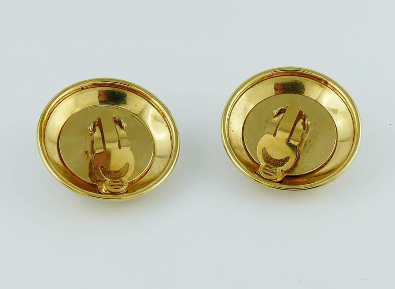 Chanel Vintage 1992 Black Camelia Clip-On Earrings For Sale 1