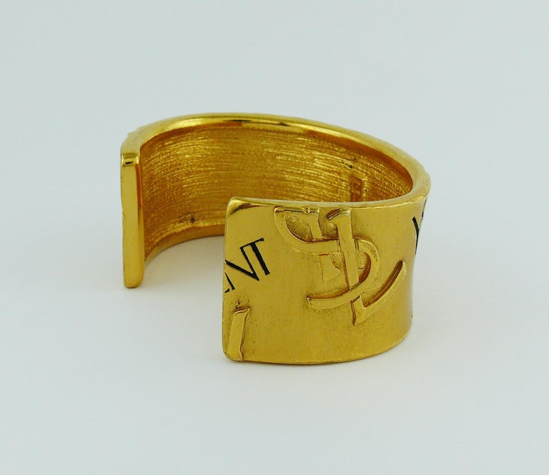 Yves Saint Laurent YSL Vintage Signature Logo Cuff Bracelet In Excellent Condition For Sale In Nice, FR