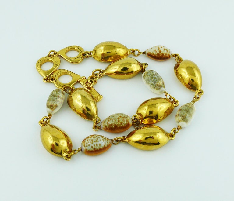 f3638efe8dc Yves Saint Laurent YSL Vintage Spring Summer 1994 Seashell Necklace In Good  Condition For Sale In