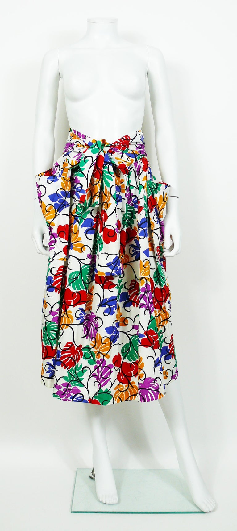 Yves Saint Laurent YSL Vintage Matisse Inspired Floral Cotton Sash Skirt In Good Condition For Sale In Nice, FR
