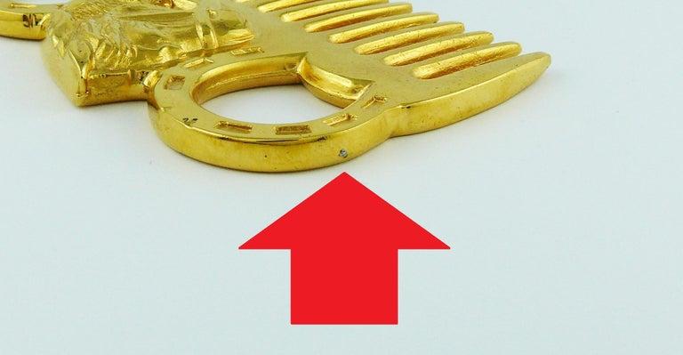 Hermès Vintage Gold Toned Horse Comb For Sale 5