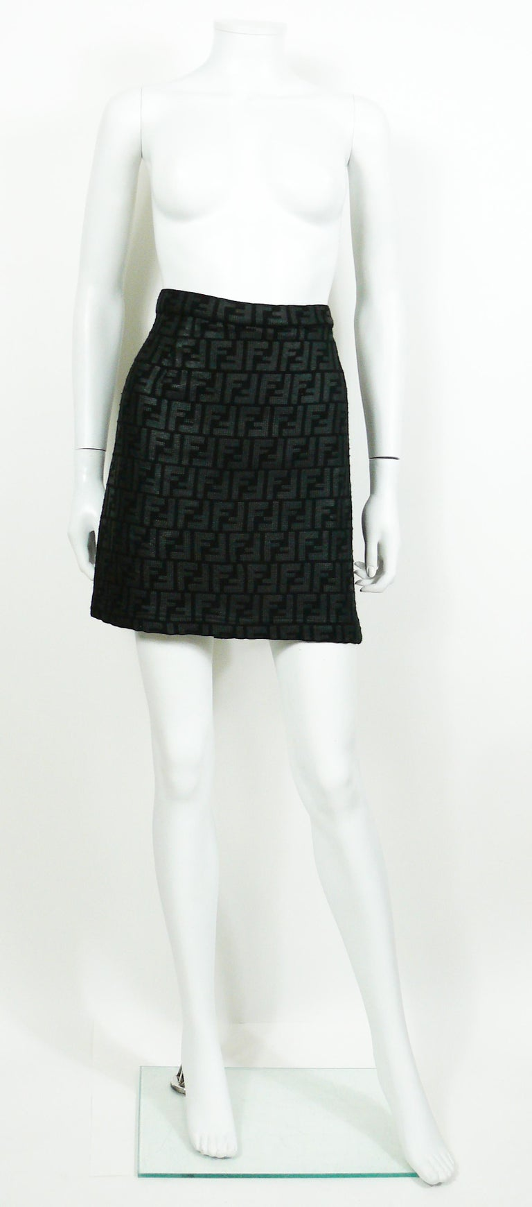 59553e2984bb Fendi All Over Logo Skirt In Good Condition For Sale In French Riviera