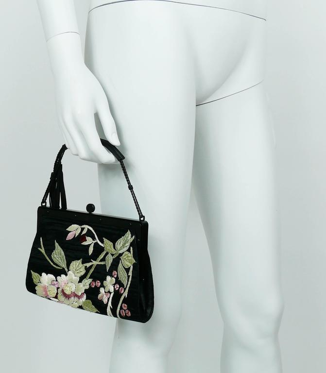Gucci by Tom Ford Rare Embroidered Japanese Flower Style Silk Handbag 4
