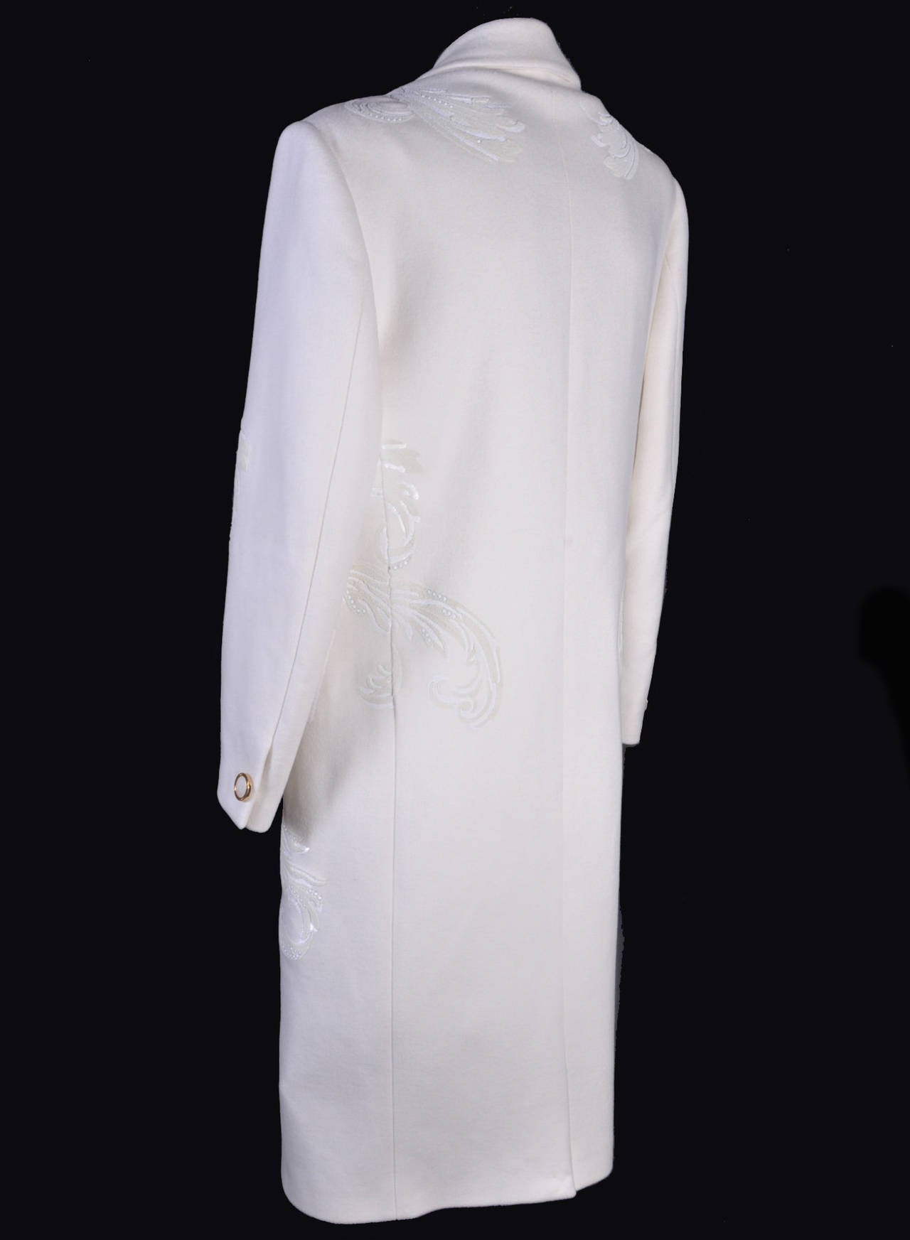 New VERSACE WHITE 100% CASHMERE EMBELLISHED MEN's COAT For Sale 2