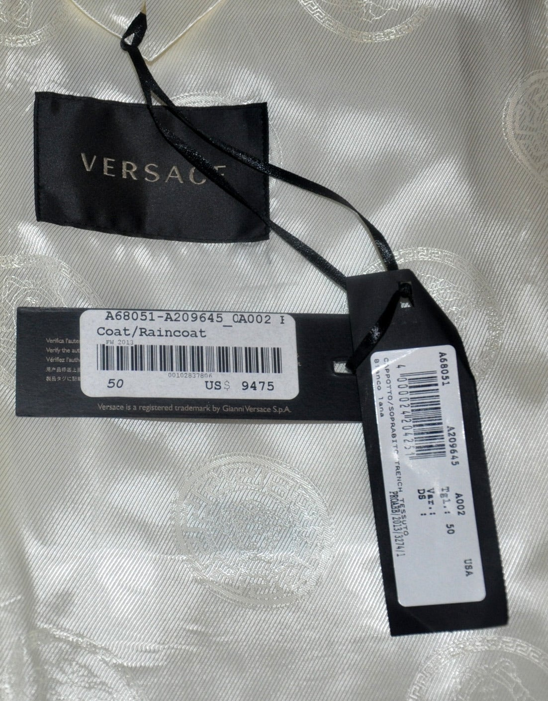 New VERSACE WHITE 100% CASHMERE EMBELLISHED MEN's COAT For Sale 5