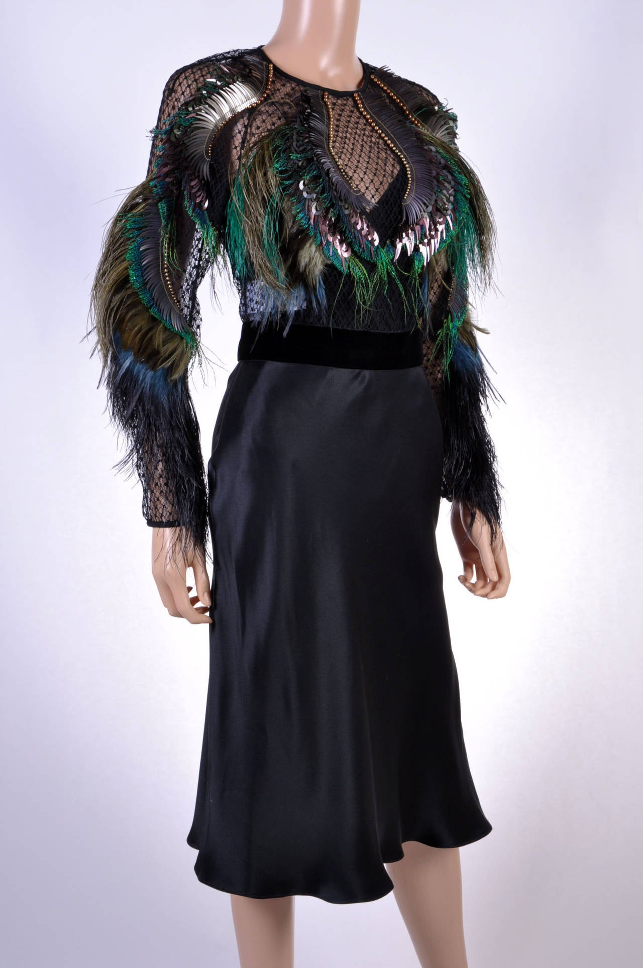 Gucci Feather Embroidered Evening Dress In New Condition For Sale In Montgomery, TX