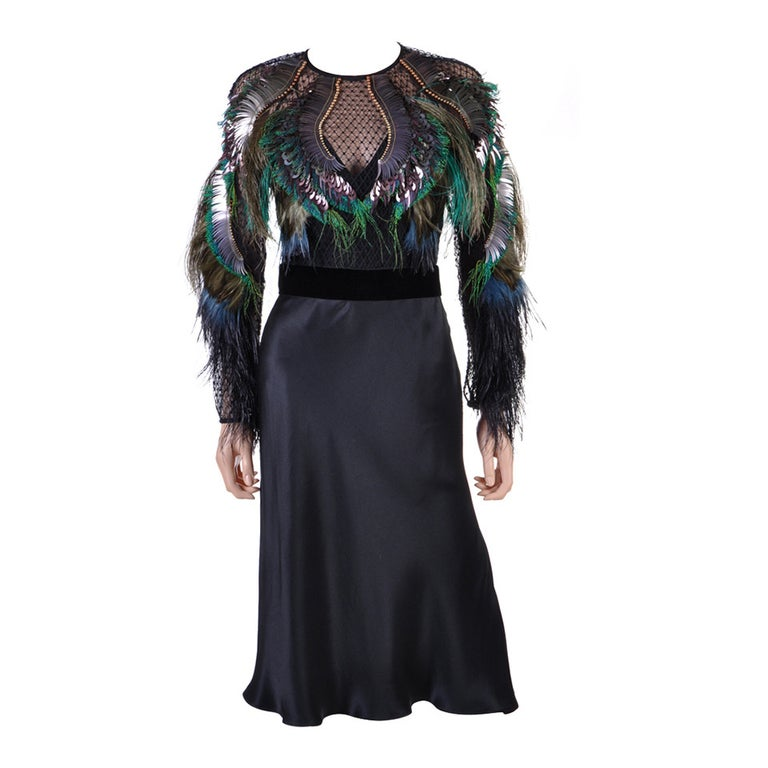 d8131969b Gucci Feather Embroidered Evening Dress For Sale at 1stdibs
