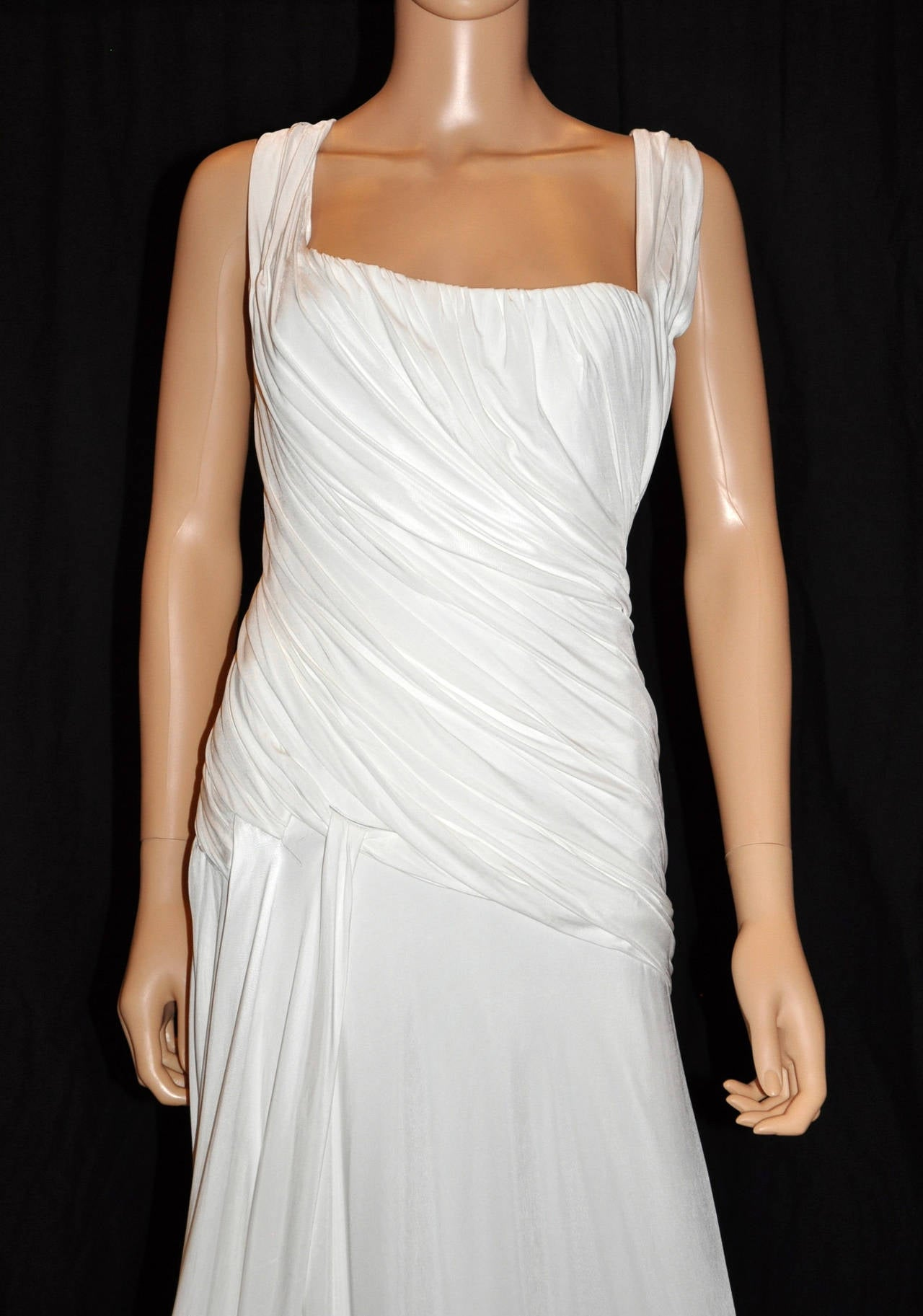 New Versace white gown 2