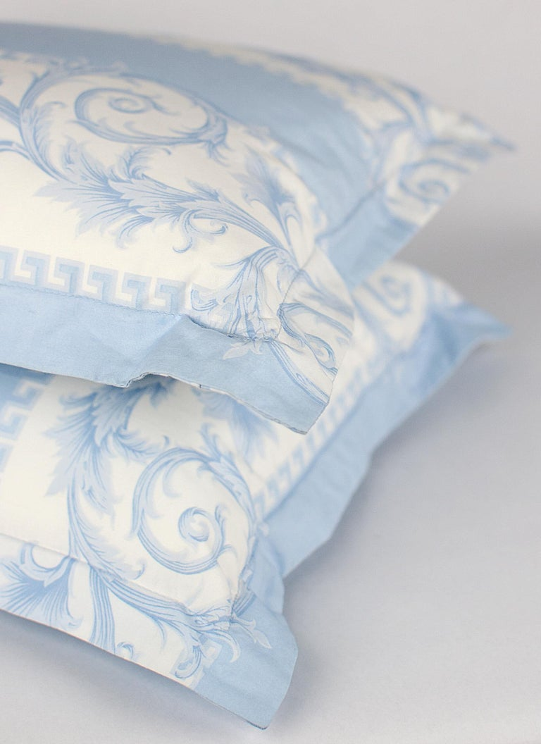 SET of TWO VERSACE BLUE WHITE BAROCCO PRINT PILLOWS For Sale 4