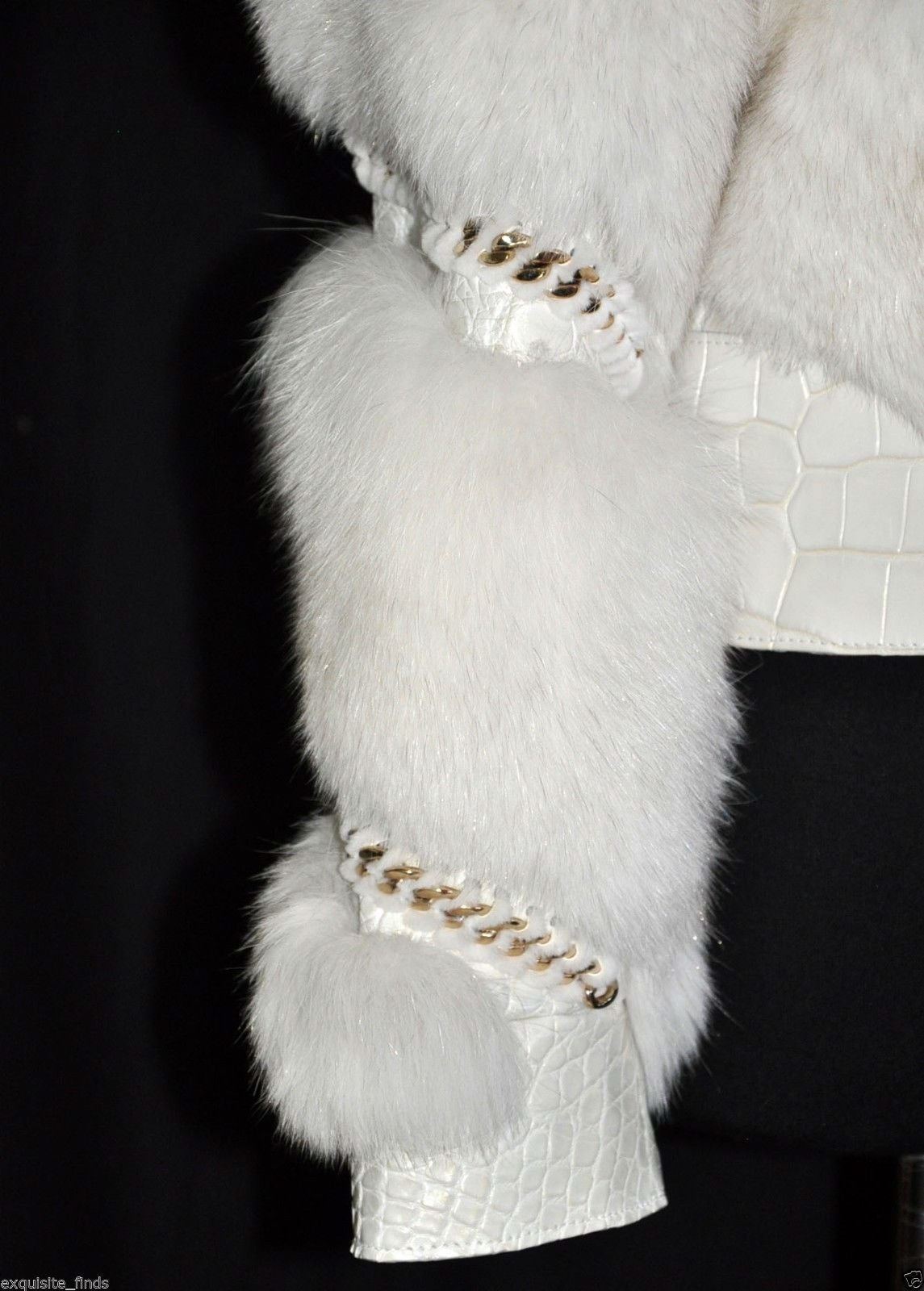 Gucci Pearl Fox Fur and Crocodile Jacket For Sale 2