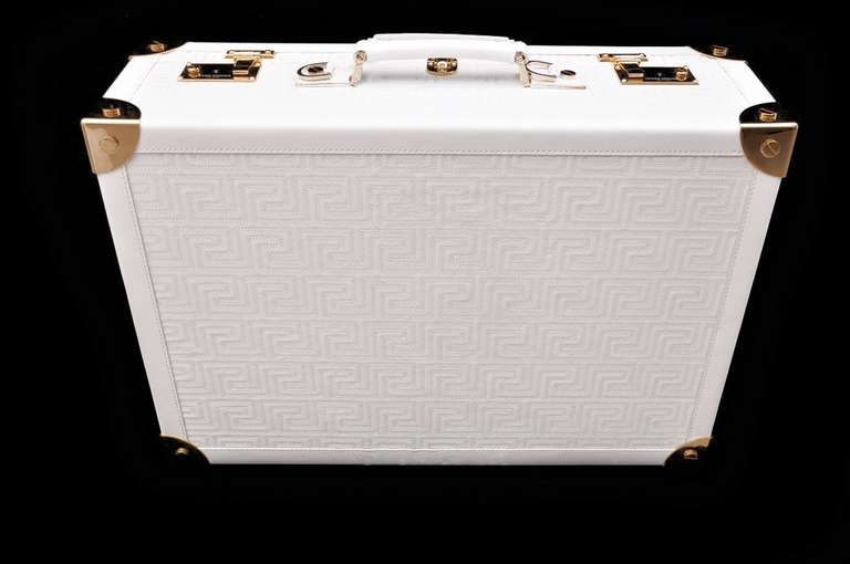 New GIANNI VERSACE COUTURE EMBROIDERED WHITE LEATHER SUITCASE 2