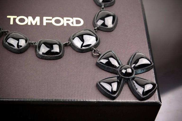 Tom Ford necklace with cross In New Condition For Sale In Montgomery, TX