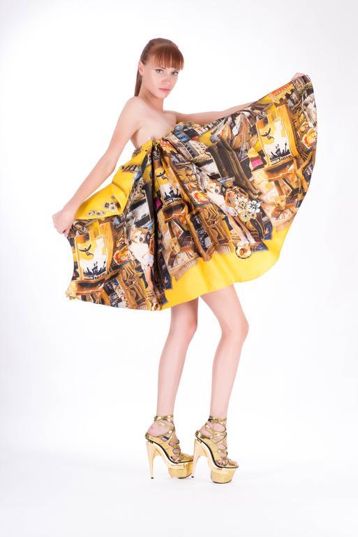 Versace Tim Roeloffs art print Dress 3