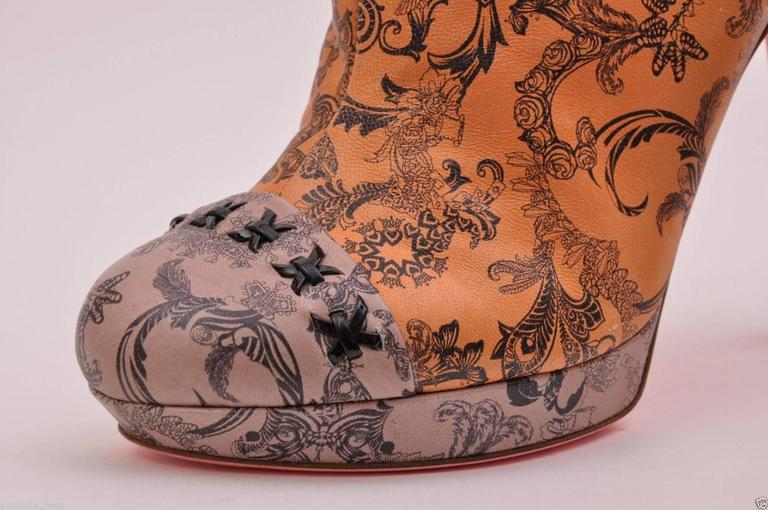 versace tattoo leather platform boots shoes 37 7 for sale at 1stdibs. Black Bedroom Furniture Sets. Home Design Ideas