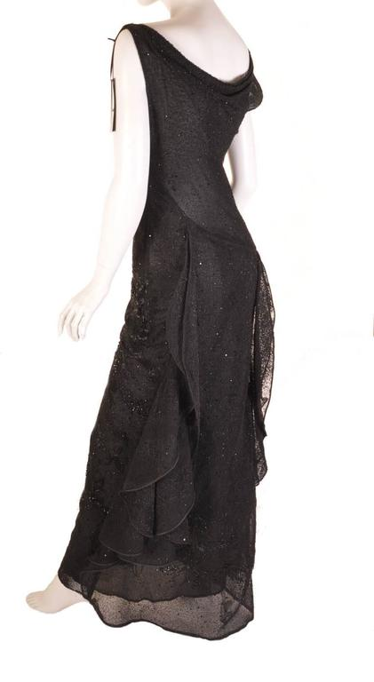 S/S 1999 VERSACE ATELIER RUNWAY BLACK BEADED GOWN WORN by CARMEN KAAS In Excellent Condition For Sale In Montgomery, TX