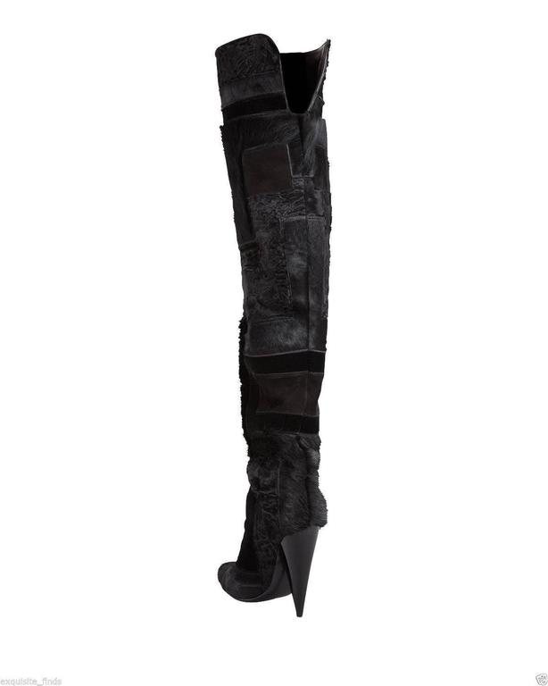 TOM FORD Geometric Black Patchwork Fur Over-the-Knee Boots  In New Condition For Sale In Montgomery, TX