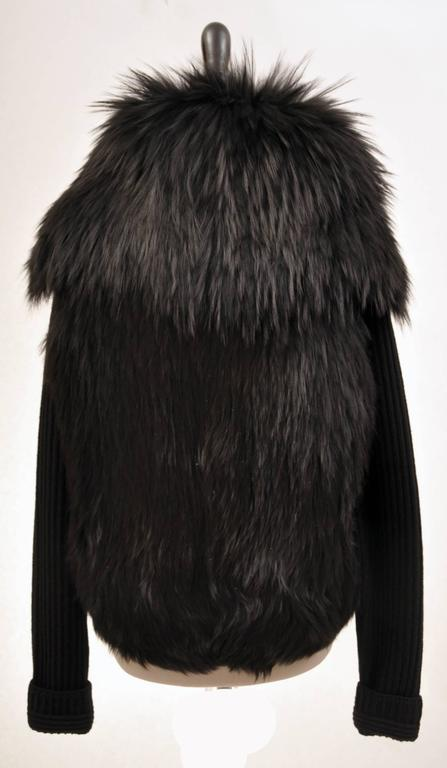 Versace black knit wool sweater with fur  In New Condition For Sale In Montgomery, TX