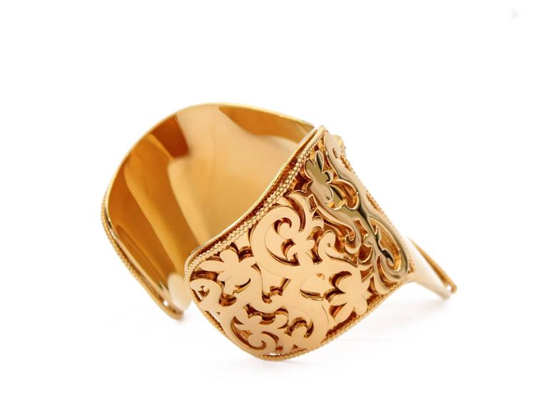 New VERSACE 24K Gold Plated Metal Cuff Bracelet  6