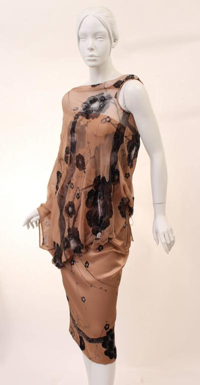 Brown New TOM FORD PINK CHERRY BLOSSOM SEQUINS EMBROIDERED PRINT ASYMMETRIC WING DRESS For Sale