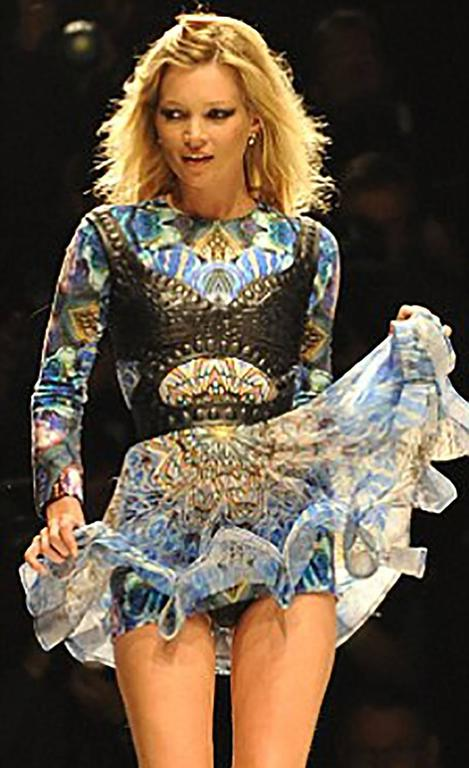 ALEXANDER MCQUEEN   S/S 2010  Plato's Atlantis dress.  The same dress was worn by Kate Moss as she attended the Fashion For Relief Haiti charity show and sold for £100,000 !!!  IT Size 40  Great condition, leather harness not included.