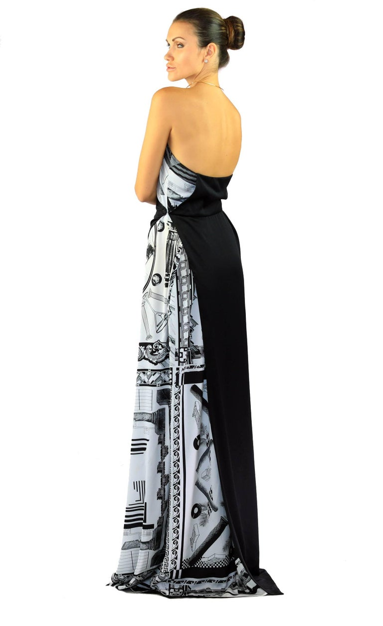 6352ca970ee Women s Versace VERSUS + Anthony Vaccarello iconic print maxi dress For Sale