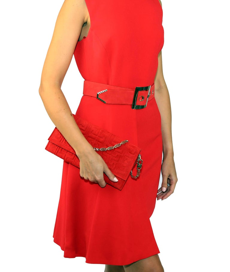New VERSACE RED SILK DRESS with BELT and CLUTCH BAG For Sale 3